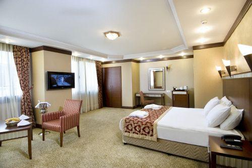 Crystal hotel istanbul taksim fun travel online for Dekor hotel istanbul